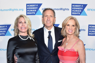 Howard Schultz RFK Human Rights' Ripple of Hope Awards Honoring VP Joe Biden, Howard Schultz & Scott Minerd in New York City - Arrivals
