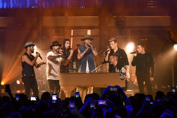 Howie Dorough CMT Crossroads: Backstreet Boys and Florida Georgia Line