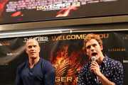 'The Hunger Games: Catching Fire' cast members Sam Claflin and Bruno Gunn meet fans on November 5, 2013 at Mall of America in Bloomington, Minnesota.