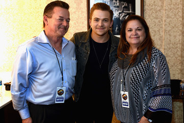 Hunter Hayes 2017 Christmas 4 Kids Concert