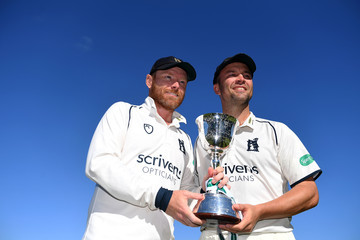 Ian Bell Warwickshire vs. Kent - Specsavers County Championship: Division Two