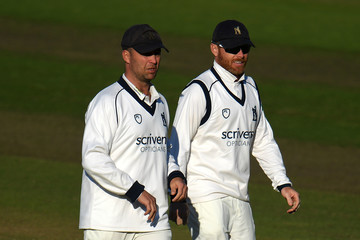 Ian Bell Warwickshire v Kent - Specsavers County Championship: Division Two