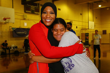 Ibtihaj Muhammad Laureus Day Of Action