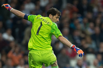 Iker Casillas Real Madrid CF v FC Schalke 04