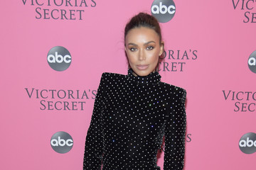Ilfenesh Hadera 2018 Victoria's Secret Fashion Show - Arrivals