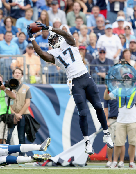 http://www4.pictures.zimbio.com/gi/Indianapolis+Colts+v+Tennessee+Titans+t6GDaxCIr64l.jpg
