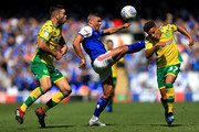 Jonathan Walters of Ipswich Town battles with Max Aarons (37) and Grant Hanley (31) of Norwich City during the Sky Bet Championship match between Ipswich Town and Norwich City at Portman Road on September 2, 2018 in Ipswich, England.