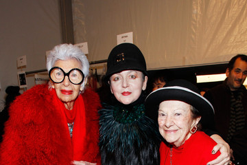 Iris Apfel Joanna Mastroianni - Backstage - Fall 2013 Mercedes-Benz Fashion Week