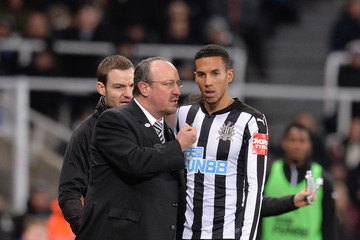 Isaac Hayden Newcastle United v Luton Town - The Emirates FA Cup Third Round