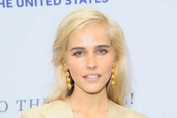 Isabel Lucas The Humane Society Of The United States' To The Rescue! Los Angeles Gala - Arrivals