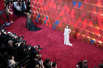 Isabelle Huppert 89th Annual Academy Awards - Red Carpet