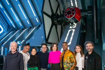 J.J. Abrams Oscar Isaac The Cast Of 'Star Wars: The Rise of Skywalker' Previews New Disney Parks Attraction