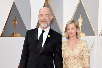 J.K. Simmons Michelle Schumacher 88th Annual Academy Awards - Red Carpet Pictures