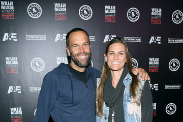 Jack Johnson 'Willie: Life And Songs Of An American Outlaw' - Red Carpet