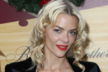 Jaime King Brooks Brothers Hosts Annual Holiday Celebration In Los Angeles To Benefit St. Jude - Arrivals