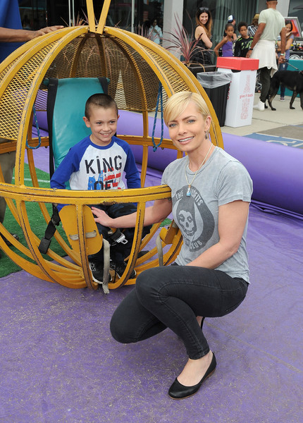 Elizabeth Glaser Pediatric AIDS Foundation 26th Annual A Time for Heroes Family Festival - Inside