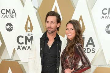 Jake Owen The 53rd Annual CMA Awards - Arrivals