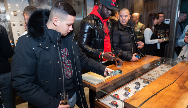 Avi & Co. And Manhattan Magazine Celebrate Rare Gems With Special Guest, Jamie Foxx