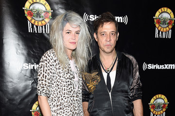 Jamie Hince SiriusXM's Private Show With Guns N' Roses At The Apollo Theater Before Band Embarks On Next Leg Of Its North American 'Not In This Lifetime' Tour