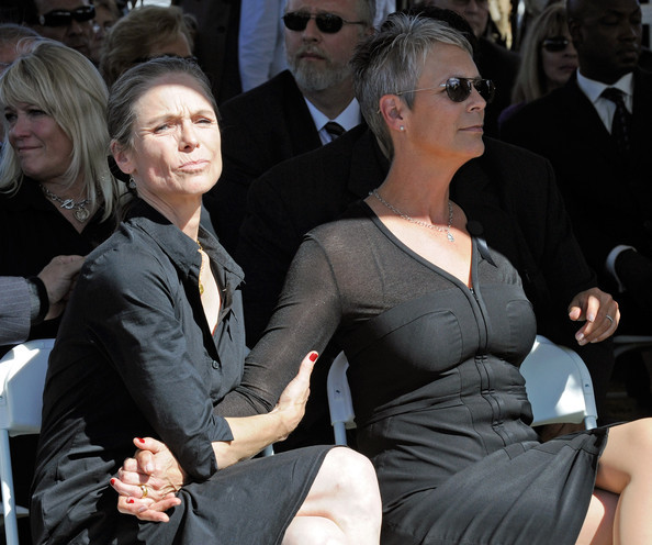 Last Exit To Nowhere On Twitter Jamie Lee Curtis Was Born This Day In 1958 She Great Trading Places And What S Your Favourite Film