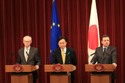 European Council President Herman Van Rompuy (L), European Commission President Jose Manuel Barroso (R) and Japanese Prime Minister Yukio Hatoyama (C) attend a joint press conference at Hatoyama's official residence on April 28, 2010 in Tokyo, Japan. Leaders of the European Union and Japan attended the annual meeting to exchange views on wide-ranging issues including the political and economic relations, climate change and aid for Afghanistan.