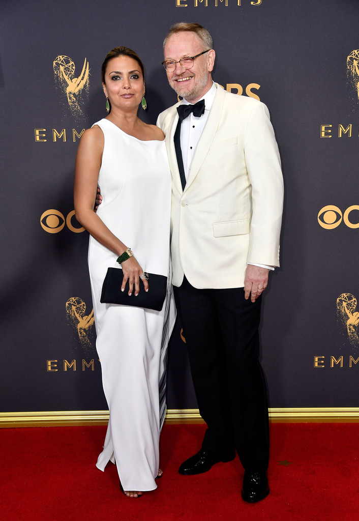 http://www4.pictures.zimbio.com/gi/Jared+Harris+69th+Annual+Primetime+Emmy+Awards+Pj-rh_diHWZx.jpg