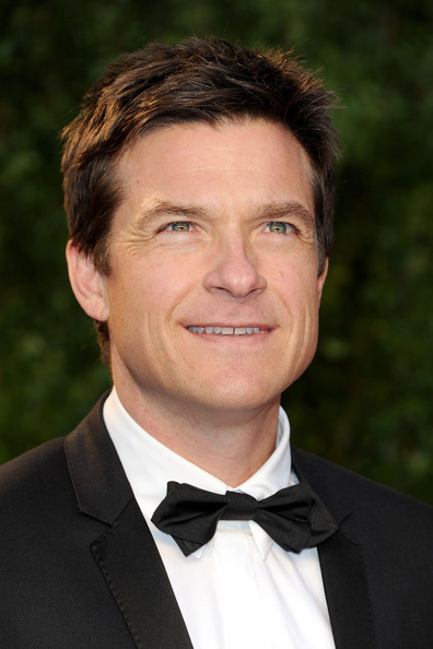Jason Bateman Celebrates Two Emmy Nods With Wife At Ozark: 2011 Vanity Fair Oscar Party