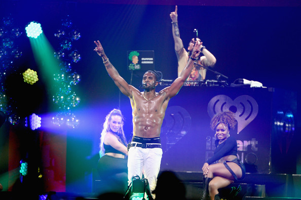 HOT 99.5's Jingle Ball Show [jingle ball show,performance,entertainment,performing arts,stage,concert,music artist,performance art,event,public event,pop music,jason derulo,washington d.c.,verizon center,hot 99.5,mattress warehouse,jingle ball 2014]