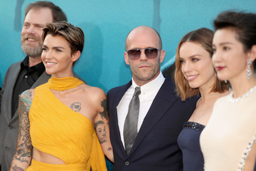 Jason Statham Jessica McNamee Warner Bros. Pictures And Gravity Pictures' Premiere Of 'The Meg' - Arrivals