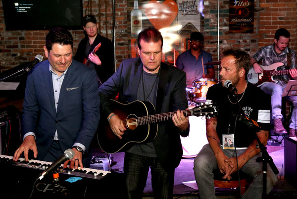 16th Annual Waiting for Wishes Celebrity Dinner Hosted by Kevin Carter & Jay DeMarcus