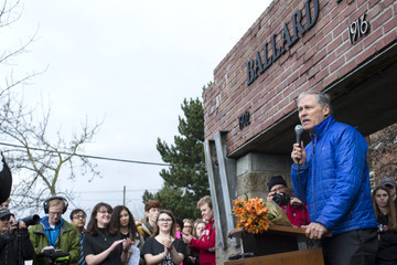 Jay Inslee Across US, Students Walk Out Of Schools To Address School Safety And Gun Violence