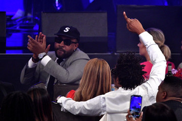 """Jay-Z Beyonce Knowles Pre-GRAMMY Gala and GRAMMY Salute to Industry Icons Honoring Sean """"Diddy"""" Combs - Inside"""