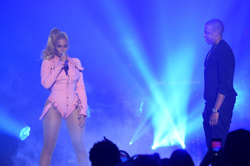 Jay-Z Beyonce Knowles TIDAL X: 1020 Amplified by HTC - Show