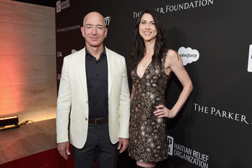 Jeff Bezos SEAN PENN J/P HRO GALA: A Gala Dinner to Benefit J/P Haitian Relief Organization and a Coalition of Disaster Relief Organizations