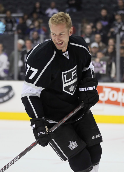 Jeff Carter Jeff Carter  77 of the Los Angeles Kings skates prior to    Jeff Carter Kings
