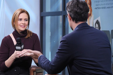 Jenna Fischer Build Presents Jenna Fischer Discussing 'The Actor's Life: A Survival Guide'