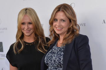 Jenna Fischer Jennifer Love Hewitt Celebrate Her Maternity Line — Part 2