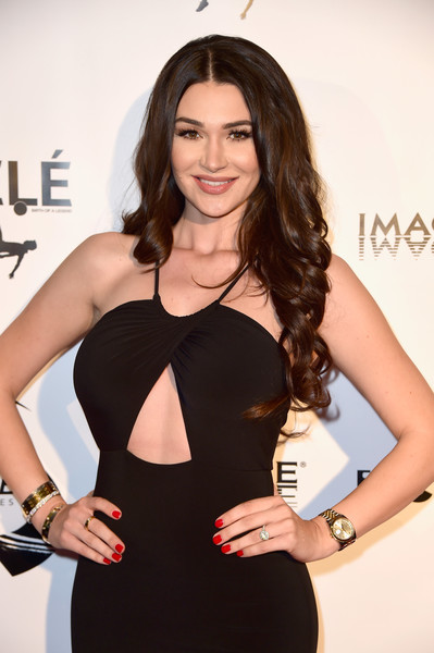 Jenna Jenovich Photos Premiere Of Ifc Films Pele