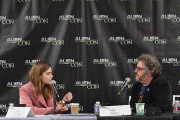 Jenna-Louise Coleman AlienCon Baltimore 2018 Day 1