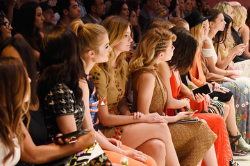 Jennette McCurdy alice + olivia by Stacey Bendet Los Angeles Runway Show