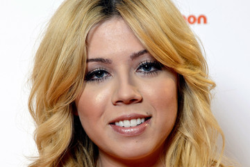 Jennette McCurdy 'Sam & Cat' Premieres in London