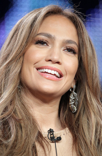 jennifer lopez dresses american idol. hair American Idol: Jennifer