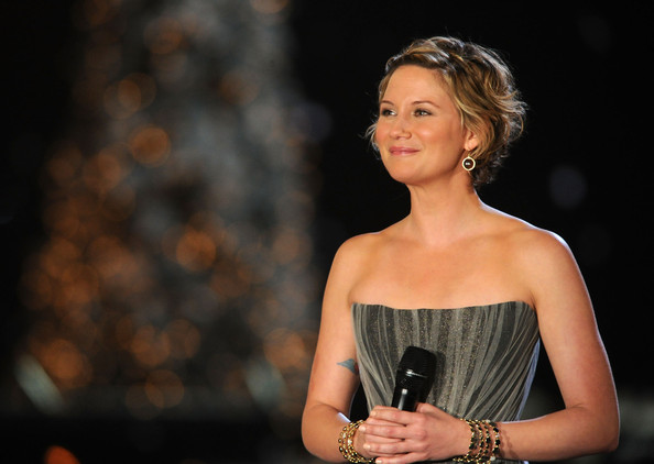 Sugarland's jennifer nettles on her anthem for the 2010 vancouver
