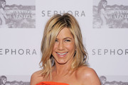 Jennifer Aniston Inks Deal With Living Proof