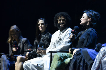 Jennifer Connelly Daveed Diggs New York Comic Con 2019 - Day 3
