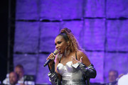 Jennifer Hudson performs at Wawa Wecome America's July 4th Concert on Benjamin Franklin Parkway July 4, 2019 in Philadelphia, Pennsylvania.