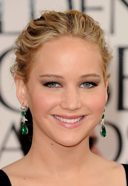 Jennifer Lawrence Actress Jennifer Lawrence arrives at the 68th Annual Golden Globe Awards held at The Beverly Hilton hotel on January 16, 2011 in Beverly Hills, California.