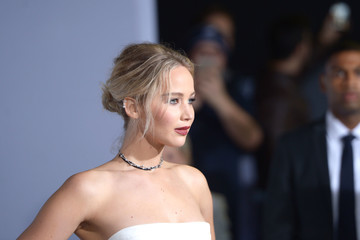Jennifer Lawrence Premiere Of Columbia Pictures' 'Passengers' - Arrivals