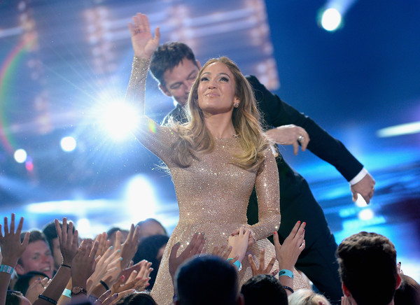 FOX's 'American Idol' Finale For The Farewell Season - Show [performance,entertainment,event,performing arts,crowd,music artist,public event,stage,fun,audience,jennifer lopez,harry connick jr.,actress,hollywood,dolby theatre,california,fox,l,american idol finale for the farewell season - show]