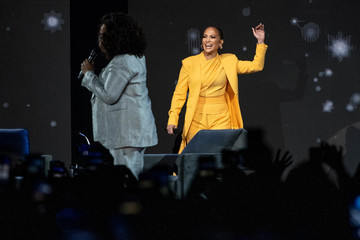 Jennifer Lopez Oprah's 2020 Vision: Your Life In Focus Tour With Special Guest Jennifer Lopez